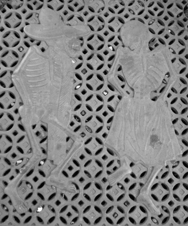 Jaunty, dancing skeletons in the Mission, San Francisco